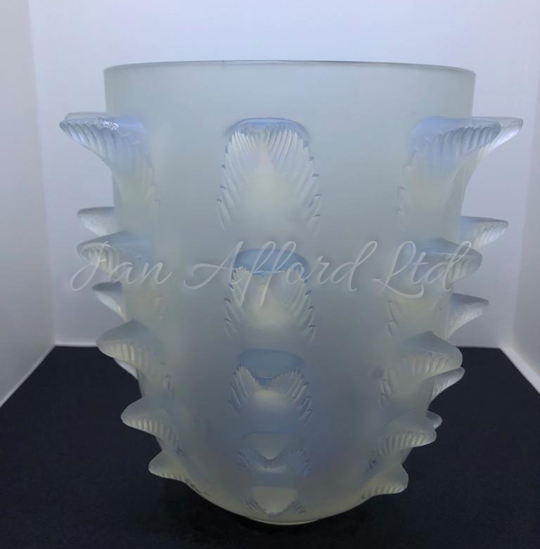 GALLERY - LALIQUE PAGE 2. 2208-fw